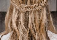 Awesome half up half down braid hairstyles boho wedding hairstyles Bridal Hairstyles Half Up Half Down With Braids Ideas